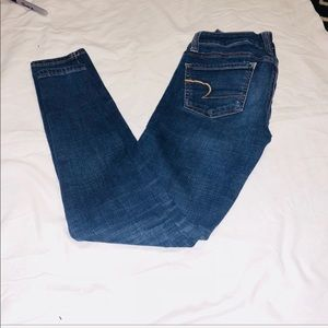 American Eagle size 0 super stretch skinny jeans